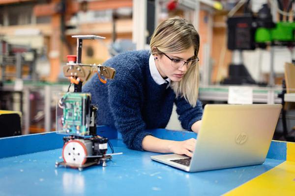 Top 5 máy tính xách tay HP cho sinh viên kỹ thuật